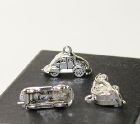 1x Bedeltje Auto Donker zilver 3D