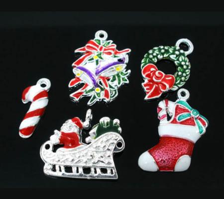 5x Kerst Bedeltjes Emaille