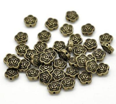 10 stuks bronzen bloemetjes