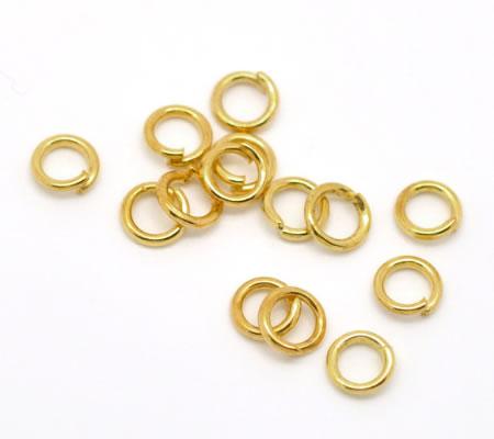 200 stuks Open ring goudkleurig 5 mm