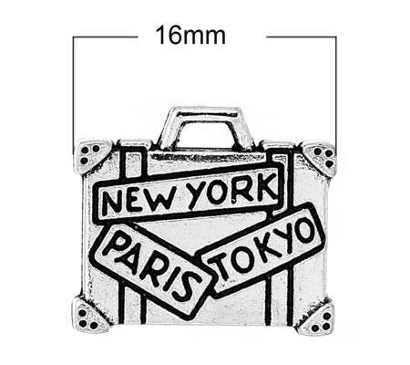 1x Bedeltje Koffer NEW YORK PARIS TOKYO