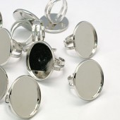 Ring met cabochoncup Licht zilver