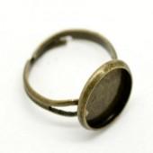 1x bronzen cabochon ring