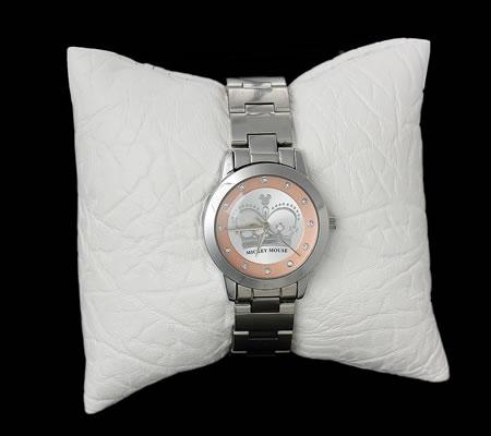 Kussentje voor armbanden/horloge wit
