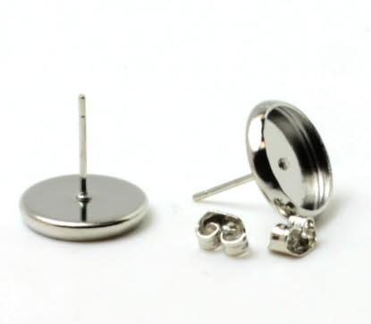 1 paar oorstekertjes cabochon plakvlak / licht zilver